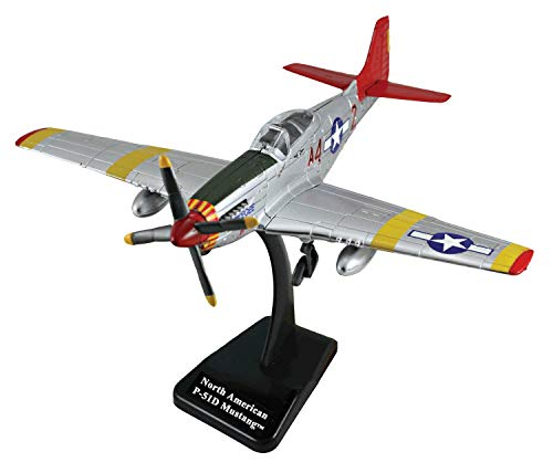 New Ray World War II Replica Fighter Air Planes ClassicAircraft P-51D Red Tails 1:48