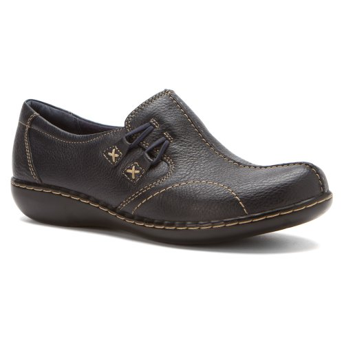Clarks Women's Ashland Cove Slip-On,Navy Tumbled Leather,10 B (Navy Tumbled Leather)