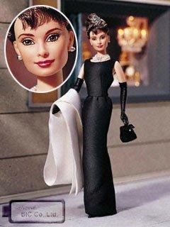 バービー人形1998年オードリー·ヘップバーン `ティファニーで朝食を` 黒のドレス