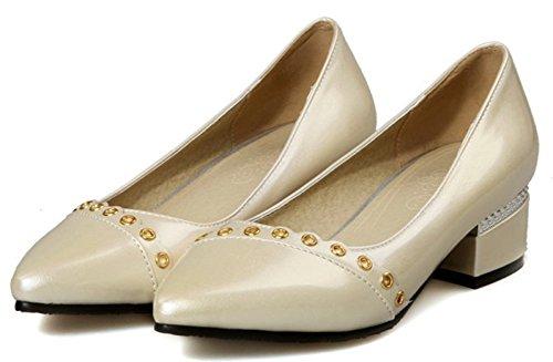 Idifu Womens Elegant Gesloten Puntige Neus Slip Op Pumps Lage Top Schoenen Met Hakken Beige