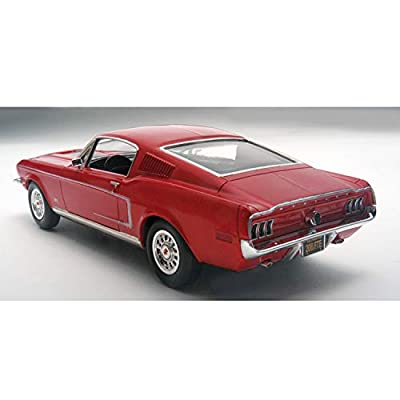 Revell 1:25 '68 Mustang GT 2 'N 1, Red: Toys & Games
