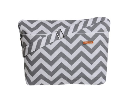 foxy-vida-diaper-bag-in-grey-chevron