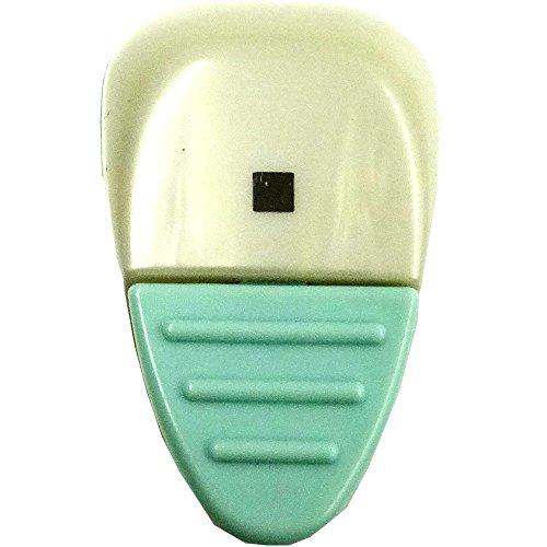 Kuretake Paper Punch KurePunsh Light Blue Body, Small Square Shape (5002500034) by Kuretake