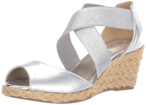 Bandolino Women's HULLEN Wedge Sandal, Silver, 7 Medium ()