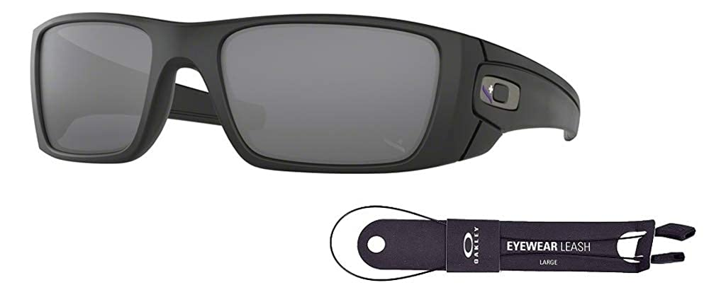 c5fdef4cb9c Amazon.com  Oakley Fuel Cell OO9096 9096I4 60M Blue Black Black Iridium  Sunglasses For Men+BUNDLE with Oakley Accessory Leash Kit  Clothing