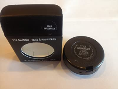 BNIB MAC In The Groove STYLE INFLUENCER Mineralize Eye Shadow Trio