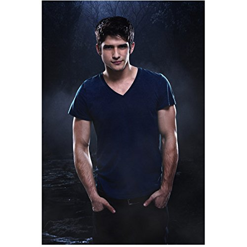 Tyler Posey 8 inch X 10 inch photograph Teen Wolf (TV Series 2011 - ) Hands in Pockets kn (Posey Pocket)