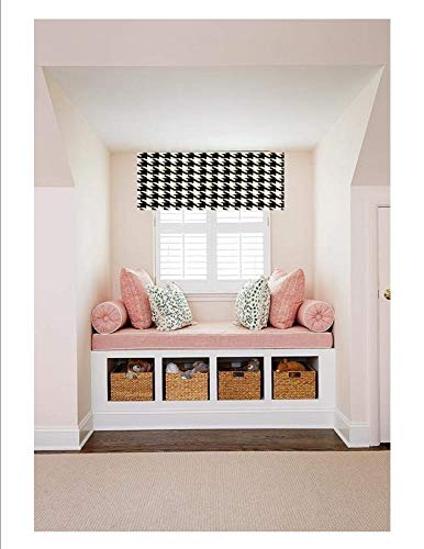 Straight Custom Valance, Fully Lined, Machine Washable, Available in all Fabrics in this Shop. Ready to Hang!