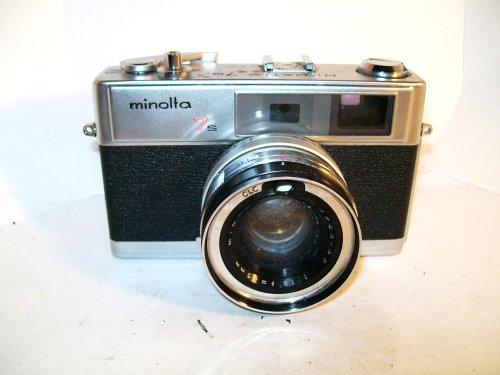 Vintage Minolta 7s 35mm Camera (Vintage Film Camera 35mm)