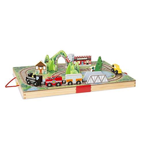 Melissa & Doug Take-Along Railroad (Portable Tabletop Set, 3 Train Cars, 17 Pieces) (Train Take Toy)