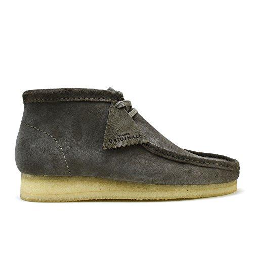 CLARKS Men's Wallabee Boot Grey Suede 10 D ()