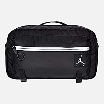 519ca5a90d9 Amazon.com: JORDAN JUMPMAN AIR CROSSBODY BAG: Shoes