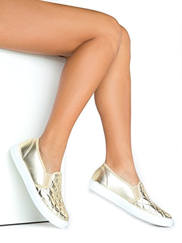 J. Adams Round Toe Slip On Sneaker - Entzückender gepolsterter Glitzer Schuh - Easy Everyday Fashion - Glimmer von Gold Pu