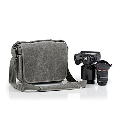 d041512dbbc5 Amazon.co.jp: thinkTANKphoto ショルダーバッグ レトロスペクティブ20 13.8L ブラック 007620  カメラ