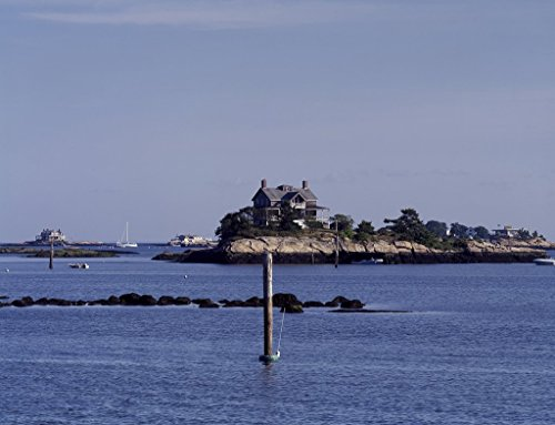 (Photograph | Some of the homes in the Thimble Islands, off Branford, Connecticut, in Long Island Sound take up almost the entire island| Fine Art Photo Reporduction 44in x 32in)