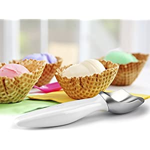 Urban Trend Fruzen Ice Cream Scoop, White - Optimally Designed to Curl Perfect Ice Cream Scoops from Three Sides and Scrape the Bottom Edges of Pint-Sized Ice Cream Containers - Perfectly Balanced