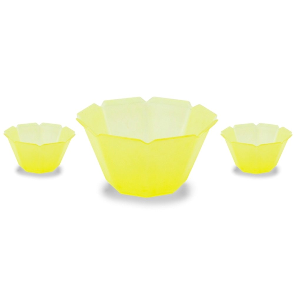 Vibrant Yellow Petali Gelato Bowls 3 oz Plastic Cups, Great For Parties, Family Get Togethers, And Any Other Occasion Frozen Dessert Supplies 84530-SQ0000