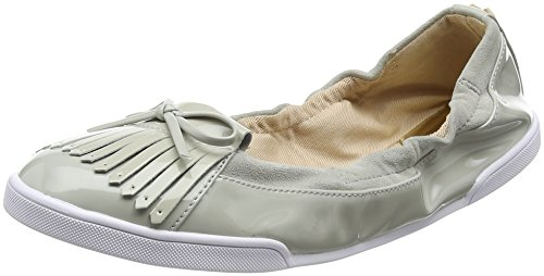 Butterfly Twists Women's Robyn Closed Toe Ballet Flats Grey (Dove Grey) o7bl6ZGlp