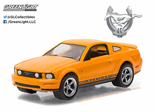 Greenlight 1:64 Anniversary Collection Series 3 2009 Ford Mustang GT -  27850_B