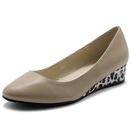 (Ollio Women's Shoe Ballet Basic Light Comfort Leopard Print Wedge Heel Pump (5.5 B(M) US, Beige))
