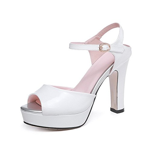 AllhqFashion Women's Buckle Peep Toe High Heels Patent Leather Solid Sandals White