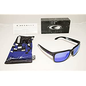Oakley Holbrook Sunglasses, Matte Black/Violet Iridium, One Size
