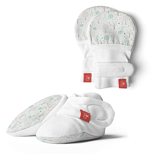 (Goumikids Organic Mitts & Booties Bundle, Soft Stay On Scratch Proof Mittens and Adjustable Baby Booties )