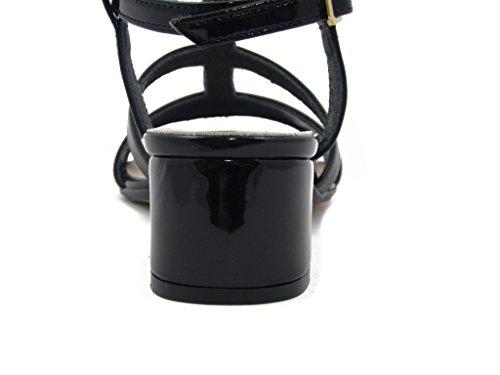 Sandalo Martina in ecopelle lucida, SCARPA con tacco 4cm., SUOLA IN gomma ANTISCIVOLO, Estivo-68554