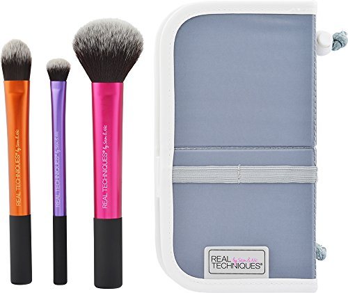 Real Techniques Cruelty Free Travel Essentials Set With Ultra Plush Custom Cut Synthetic Bristles, Includes: Essential Foundation, Multi Task and Domed Shadow (Multi Shadow)