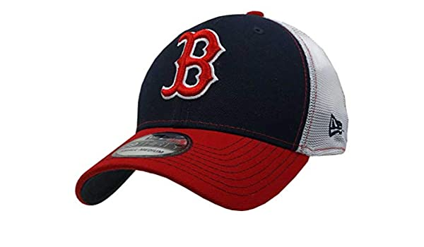 hot sale online 20645 6c989 Amazon.com  New Era 2019 3930 MLB Boston Red Sox Practice Piece Hat Cap  39Thirty 80675152  Clothing