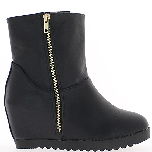 Schwarz Stiefel an die Fersen von 8cm und dicken Sohlen