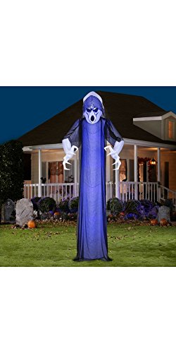 [Airblown Short Circuit Frightened Ghost with Black Overlay Inflatable.] (Halloween Inflatables For Sale)