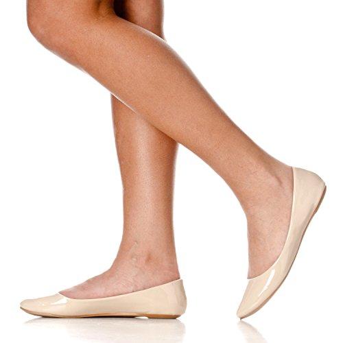 Riverberry Damen Aria Basic Geschlossene Runde Zehe Ballett Flache Slip On Shoe Nacktes Patent