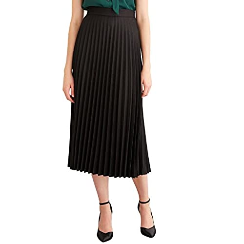 how to wear a long black skirt