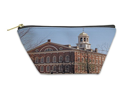 Gear New Accessory Zipper Pouch, Faneuil Hall Boston, Small, - In Faneuil Stores Hall