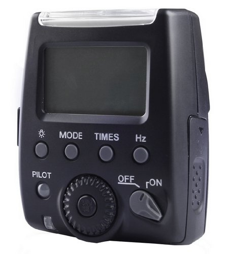 PL/Digital Nikon D7000 Compact LCD Mult-Function Flash (i-TTL, M, Multi) by PL/Digital
