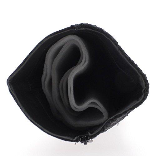 Bottes noires à talon fin de 10cm avec tige brodée