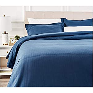 AmazonBasics Deluxe Microfiber Duvet Cover Set - King, Navy Blue