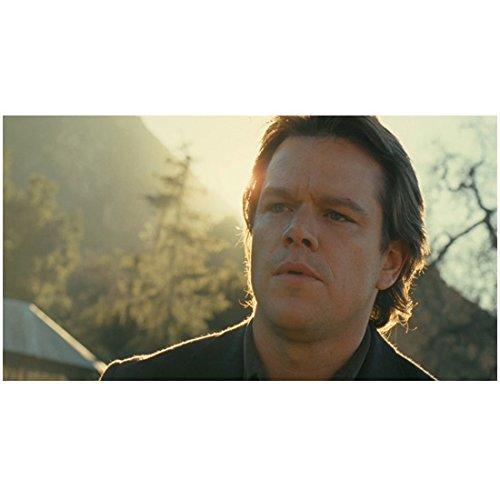 We Bought A Zoo Matt Damon As Benjamin Mee Looking Serious In The Sun 8 x 10 Inch Photo (Sun Serious)