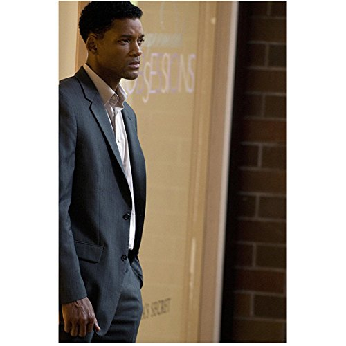 Seven Pounds 2008 - Seven Pounds (2008) 8 Inch x 10 Inch Photograph Will Smith Standing in Front of Door & Brick Wall kn