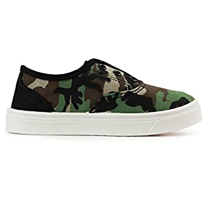 Oomphies Robin Boys Sneakers – Slip On – No Lace Kids Tennis Shoe – Camo