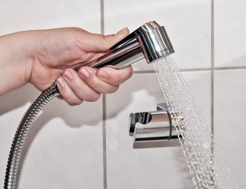 Every Drop Is Precious - Doccetta per lavare i capelli, con levetta on/off per risparmiare acqua, per la casa e il parrucchiere HWSH