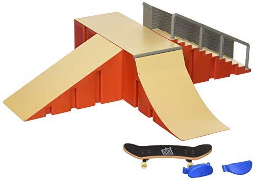 (Tech Deck - Starter Kit - Ramp Set and Board)