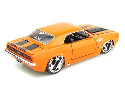 1969 Camaro Z28 1:24 Scale (Orange/Black Stripes)