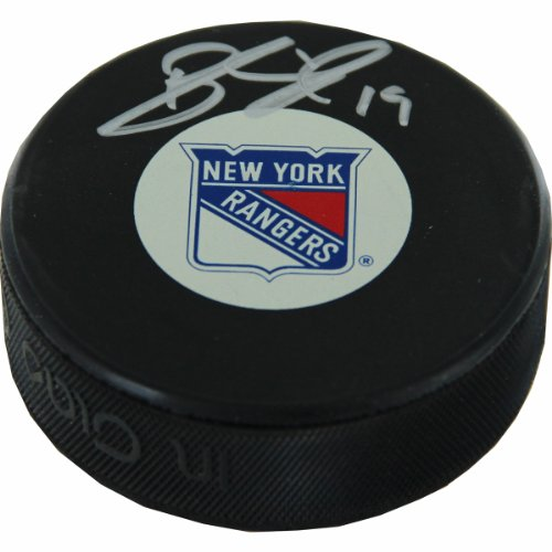 Brad Richards Autographed New York Rangers Puck (Steiner Sports Puck Case)