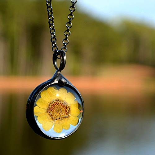 Sunflower Necklace for Women Real Dried Pressed Wildflower Handmade Jewelry Sunflowers in Glass Pendant Necklaces 2543m