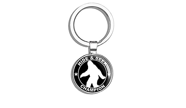 SASQUATCH COOL! BIGFOOT ROUND KEYRING