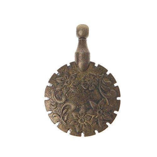 (DIY Tool,Sewing Thread Yarn Cutter Pendant Round Shape Antique Bronze Craft)
