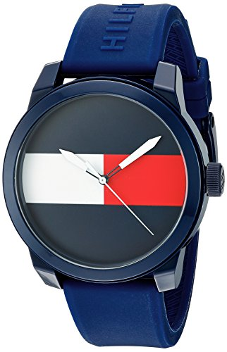 Tommy Hilfiger Men's Quartz Plastic and Rubber Casual Watch, Color:Blue (Model: 1791322)