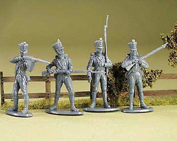 A Call to Arms Napoleonic Wars Waterloo French Line Infantry Plastic Toy Soldiers 1/32 Scale 16 Unpainted Figures